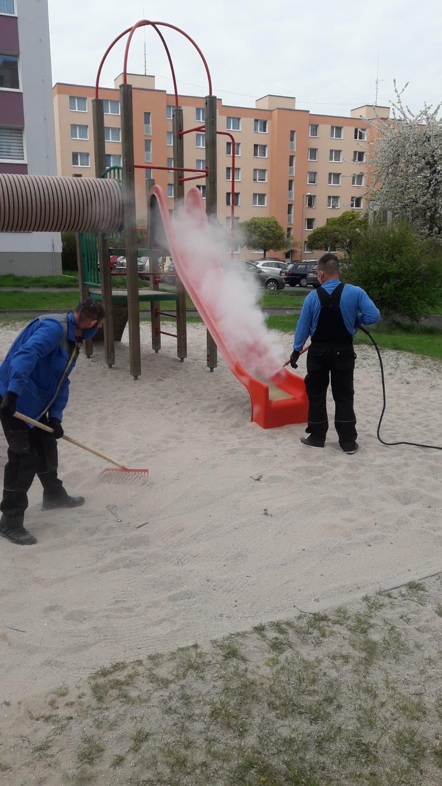 Dezinfekce hřišť a Domovinka