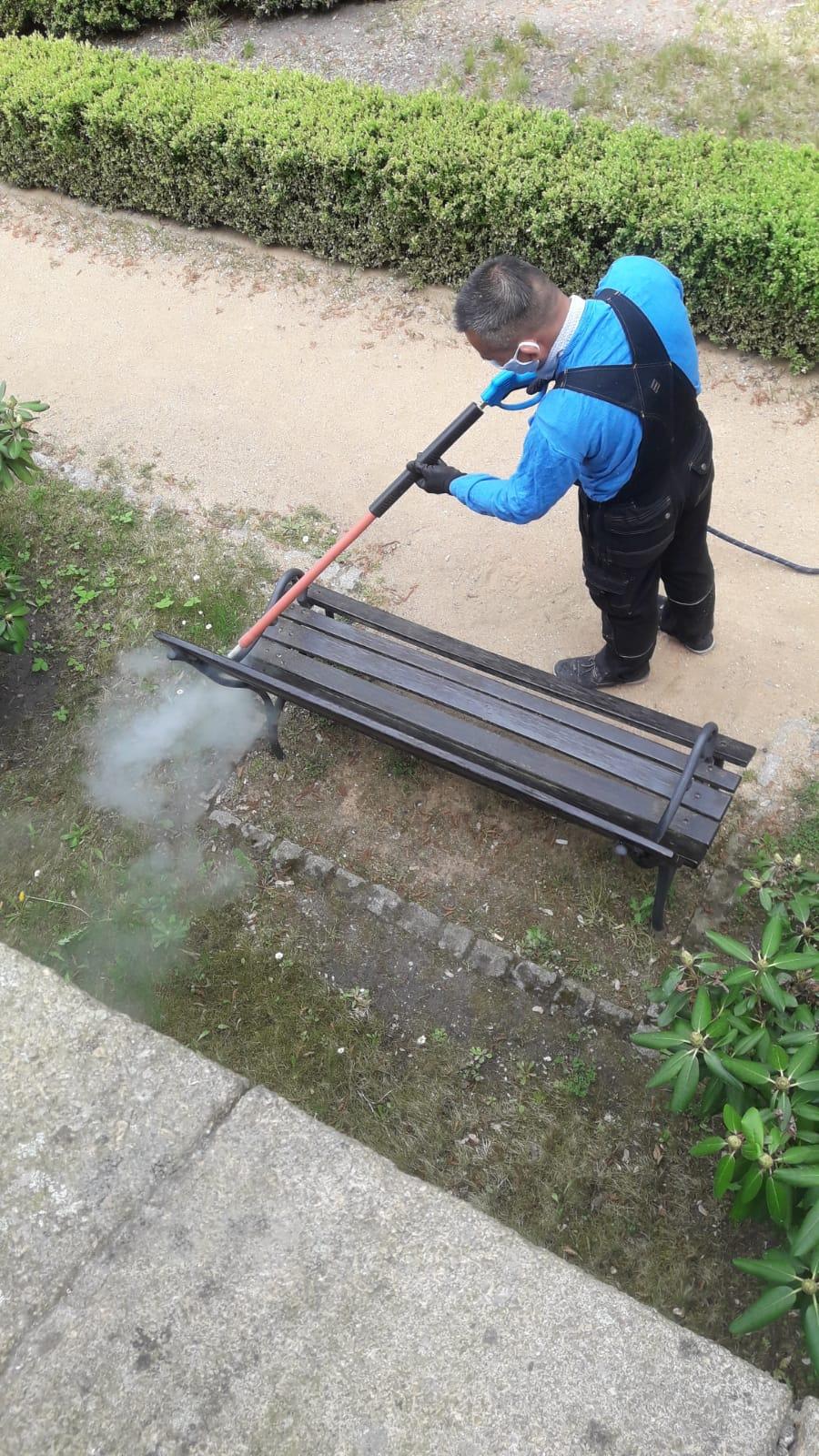 Dezinfekce a čištění zahrady